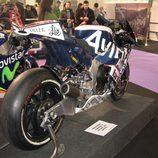 Vista traserolateral Ducati MotoGP del equipo Avintia