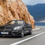 Mercedes SLC 3/4 delantera negro carretera