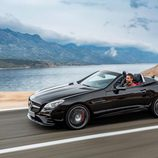 Mercedes SLC negro lateral