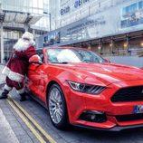 Felicitaciones navideñas 2015 - Ford Mustang