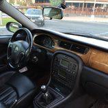 Jaguar X-Type 2.0 D - habitáculo