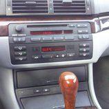 BMW 323 ci E46 - consola