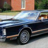 Lincoln Continental Mark V coupe 1978 - delantera