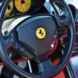 Ferrari Enzo reconstruido - Volante