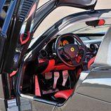 Ferrari Enzo reconstruido - Puertas Abatibles