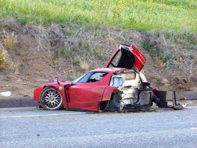 Ferrari Enzo reconstruido - Accidente en Malibú
