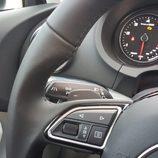 Audi A3 Sedán - mando