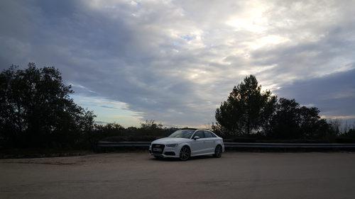 Audi A3 Sedán - centro