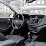 Hyundai i20 active - interior