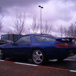 Porsche 928 GTS 1992-1995 - parking