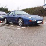 Porsche 928 GTS 1992-1995 - aparcado side