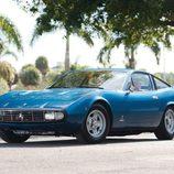 Ferrari 365 GTC/4 - azul