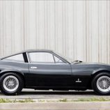Ferrari 365 GTC/4 - side