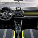 volkswagen up - interior amarillo