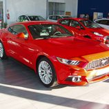 Ford Mustang 2.3 EcoBoost 2015 - delantero