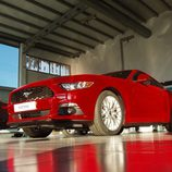 Ford Mustang 2.3 EcoBoost 2015 - abajo