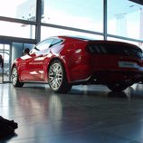 Ford Mustang 2.3 EcoBoost 2015 - trasero