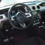 Ford Mustang 2.3 EcoBoost 2015 - interior