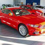 Ford Mustang 2.3 EcoBoost 2015 - vista frente