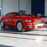 Ford Mustang 2.3 EcoBoost 2015 - side view