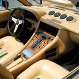 Ferrari 400 GT 1976 - interior