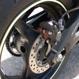Detalle disco de freno trasero Honda CBR600RR
