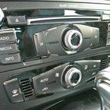 Audi A5 Sportback: Detalle de la radio y climatizador