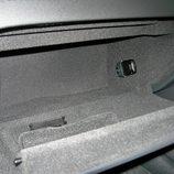 Audi A5 Sportback: Detalle de la guantera del tablero de abordo