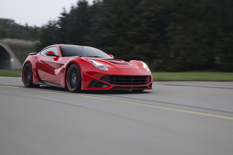 Novitec Rosso F12 Berlinetta: En ruta