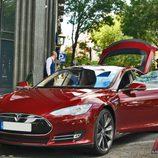 Tesla Model S: Con los brazos abiertos
