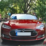 Tesla Model S: Vista frontal