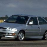 Ford Escort XR3I: En la pista