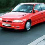 Opel Astra GSI: En marcha