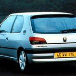 Peugeot 306 XSI: Trasera