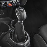 Mini Cooper 2014: Detalle panca de cambios