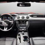 Ford Mustang 2015, nuevo salpicadero