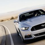 2015 Ford Mustang GT 5.0 V8, frontal