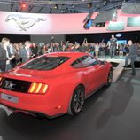 2015 Ford Mustang, trasera