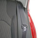 Seat León: Detalle del gancho del cinturón