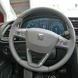 Seat León: Detalle del diseño del volante