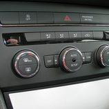Seat León: Detalle climatizador