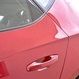 Seat León: detalle maneta de la puerta trasera
