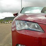 Seat León: Detalle faro y antiniebla