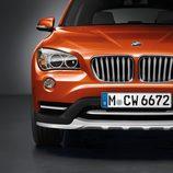 BMW X1 2014, detalle frontal, versión xDrive 2.8i