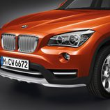 BMW X1 2014, detalle delantero, versión xDrive 2.8i