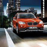 BMW X1 2014, exterior, tres cuartos delantero, versión xDrive 2.8i