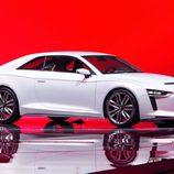 Audi Quattro concept 2010, stand, tres cuartos delantero