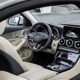 Mercedes-Benz Clase-C 2014, artículo, habitáculo