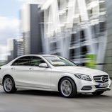 Mercedes-Benz Clase-C 2014, artículo, tres cuartos delantero