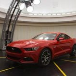 Ford Mustang 2015 laboratorio